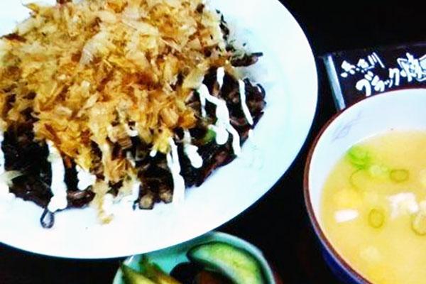 糸魚川ブラック焼き蕎麦